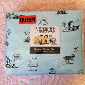 Peanuts Queen sheet set